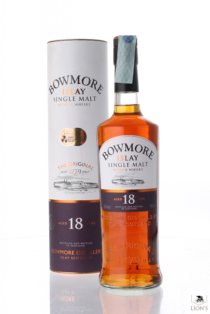 bowmore 18yo one of the best types of scotch whisky. Black Bedroom Furniture Sets. Home Design Ideas