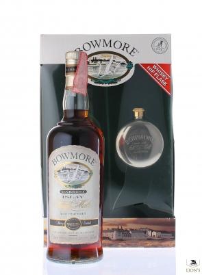 Bowmore Darkest With Hip Flask