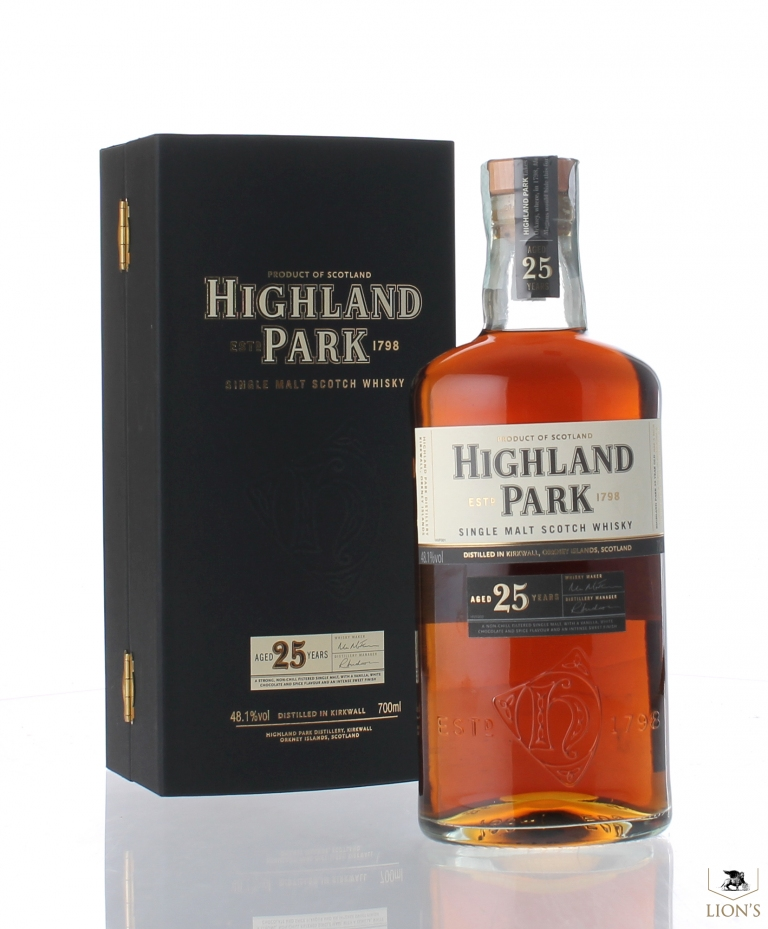 d84dd84c2a4 Highland Park 25 years old 48.1% one of the best types of Scotch Whisky