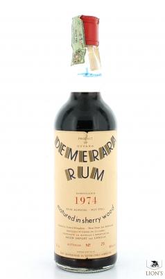 Rum Demerara 1974 Years Old 324 Bottles Moon